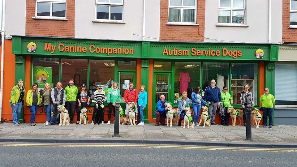 οργάνωση εκπαίδευσης σκύλων βοηθών για παιδιά με αυτισμό στην Ιρλανδία